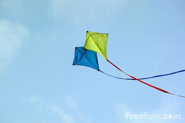 http://hami200n.persiangig.com/image/18_21_4---Kite_web.jpg